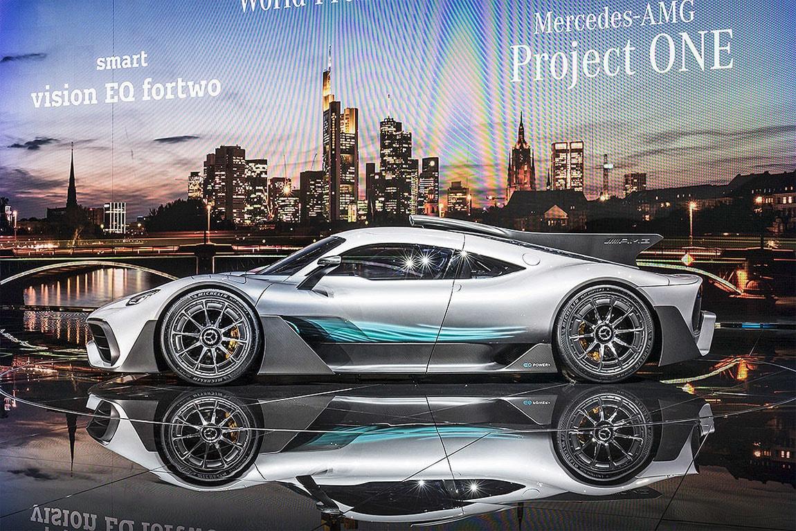 фото Mercedes вид сбоку