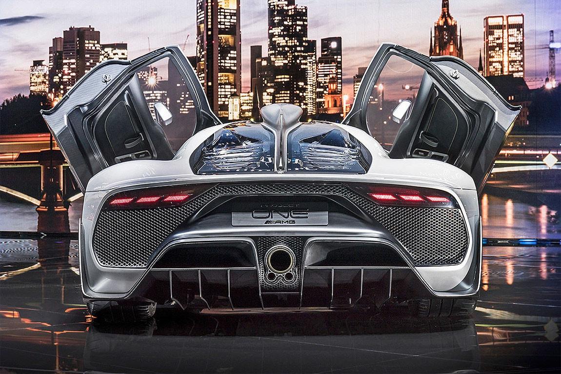 фото Mercedes вид сзади