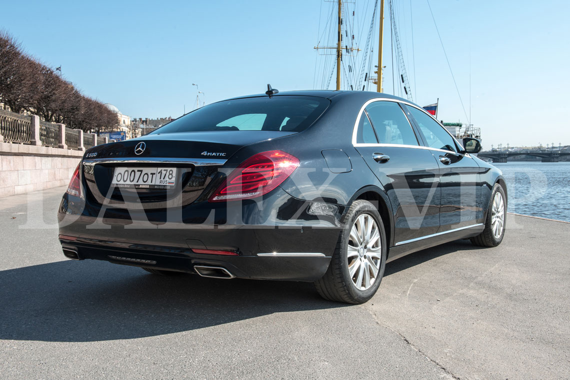Mercedes benz s class w222 rent a car with driver in st for Mercedes benz st petersburg