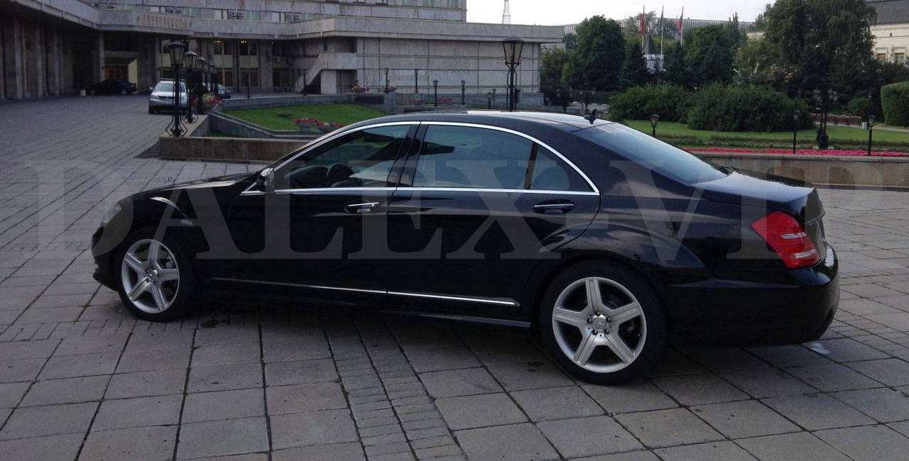 Mercedes S-Class W221 Rent A Car