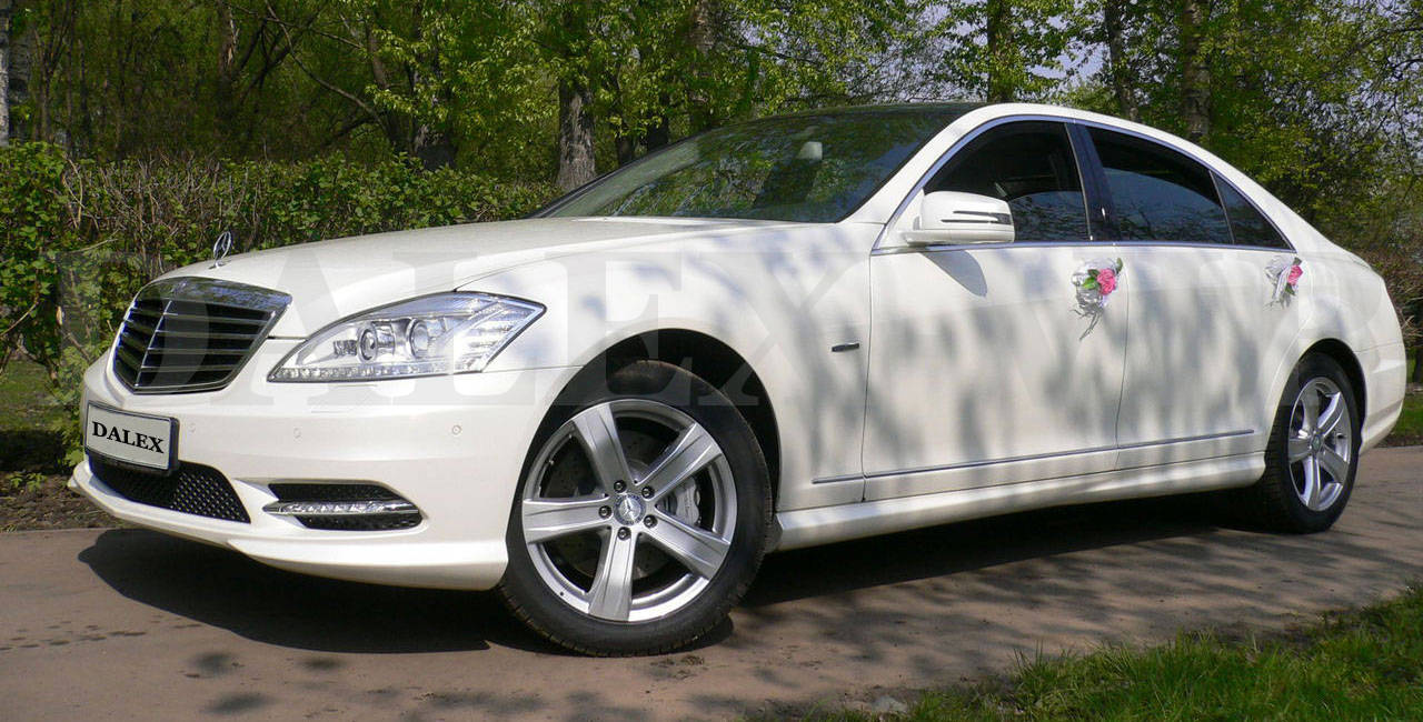 Mercedes S-Class W221 Restyling Rent A Car