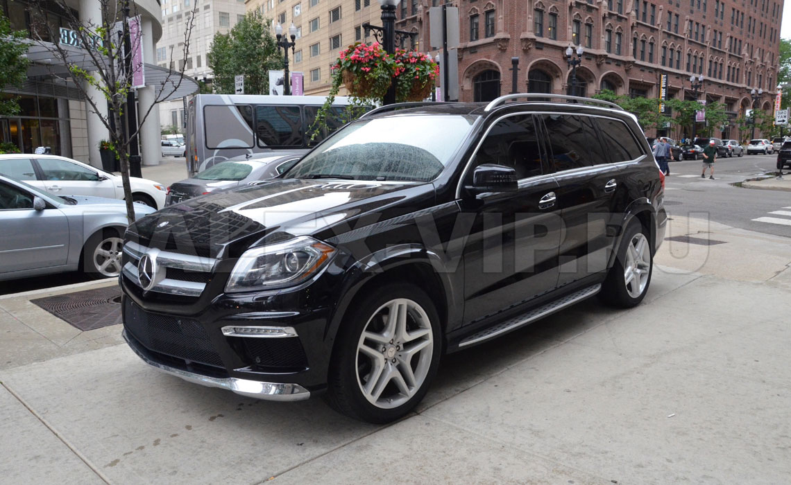Mercedes GL Class 350 Rent A Car With Driver in Sain Petersburg